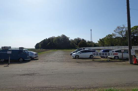 あけぼの山農業公園 駐車場