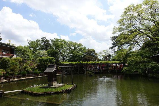 久伊豆神社 越谷 池