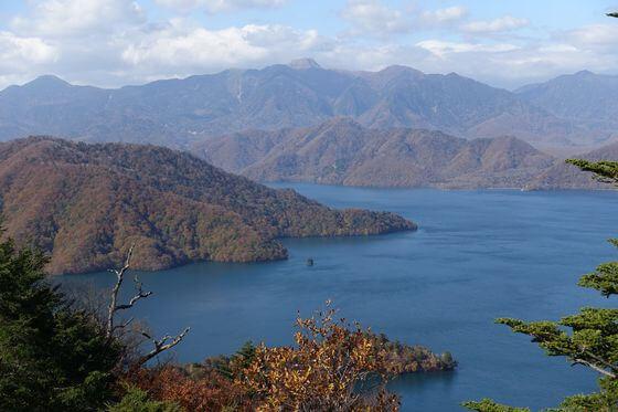 中禅寺湖展望台 紅葉 見頃