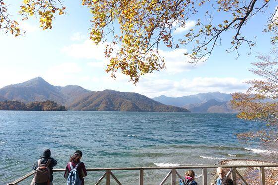 中禅寺湖 イタリア 紅葉