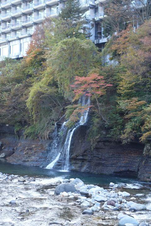 塩原 七弦の滝 紅葉