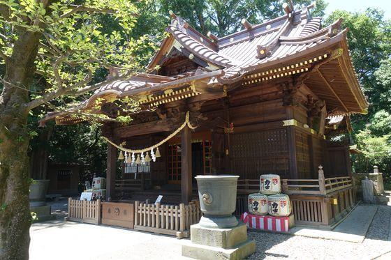 玉敷神社 社殿