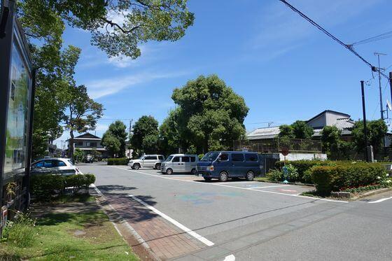 玉敷神社 駐車場