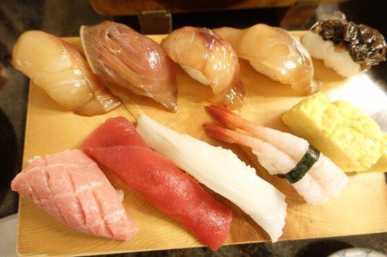 八丈島 銀八 島寿司