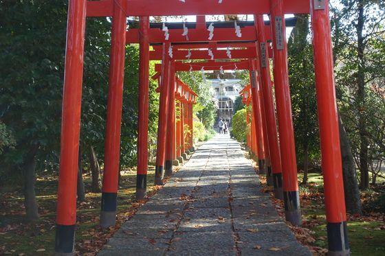 尾曳稲荷神社 鳥居