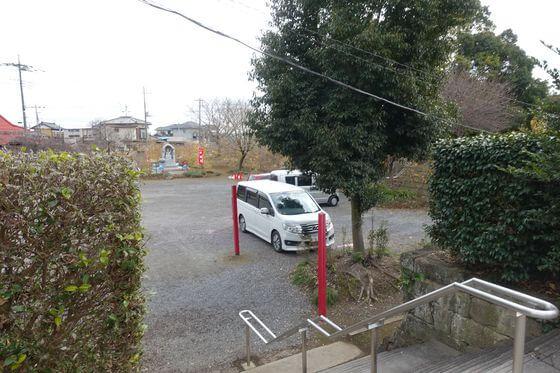 雷電神社 駐車場