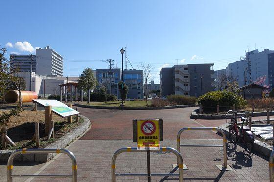 鮫洲入江広場